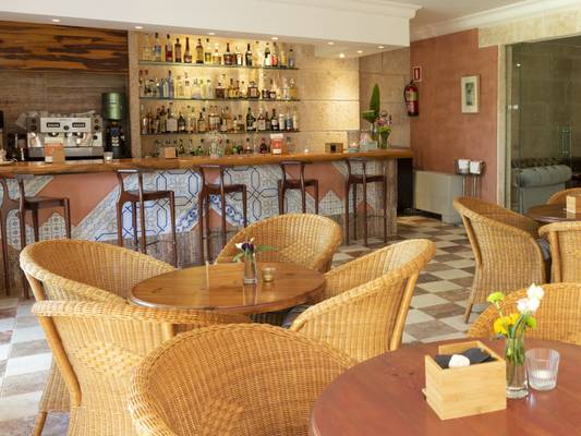 Bar & restaurant hotel casal santa eulalia can picafort